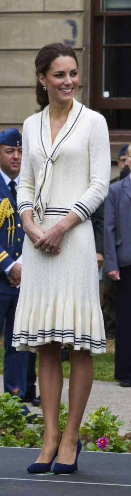 Kate Middleton's Style Evolution: From Uggs To Nude Pumps (PHOTOS)#slide=1955893