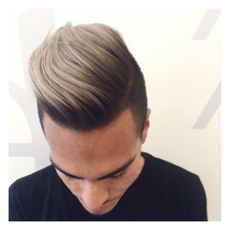 Men's ash blonde balayage or highlights on top horseshoe section using enlightener and light vb or blond finish ash.