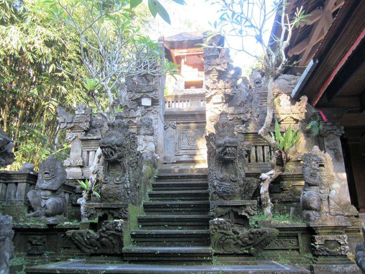 Temple à Ubud Blog Voyage Trace ta Route www.trace-ta-route.com http://www.trace-ta-route.com/escapade-bali/ #tracetaroute #temple #bali #indonesie #ubud #indonesia