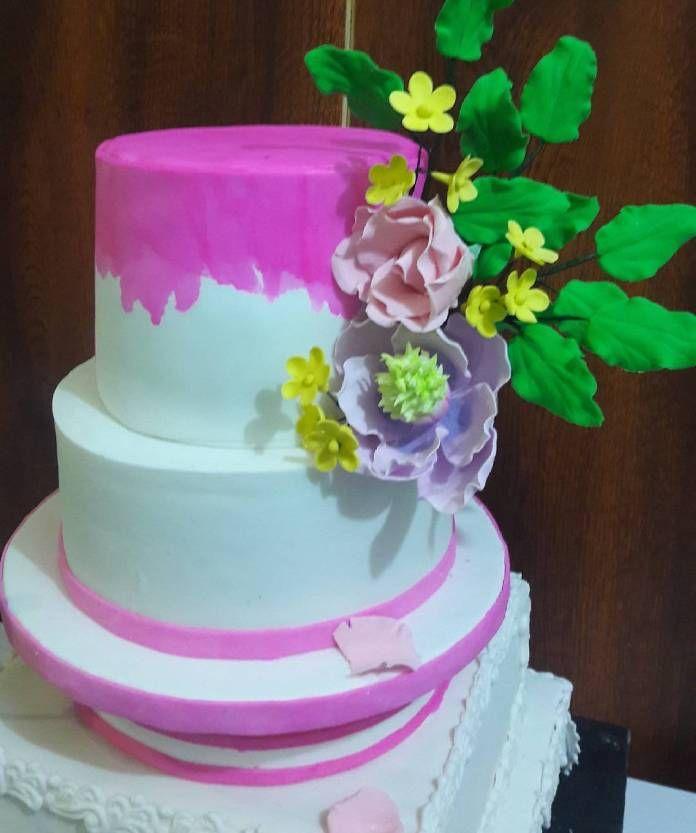 Petal wedding cakes, cake, cake recipes, cake ideas, ghanaian wedding, wedding cake, wedding cake ideas, kareena cake, birthday cakes, ghanaian food, ghanaian wedding traditional
