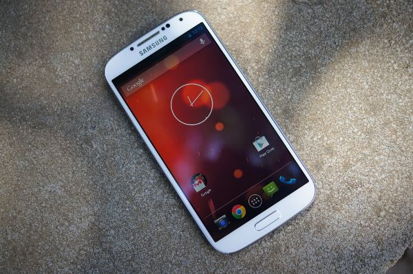 Android 4.3 Update Landed In The Galaxy S3 & S4 Starts Next Month