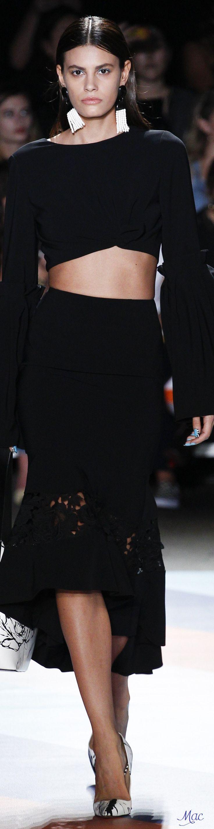 Spring 2017 Ready-to-Wear Christian Siriano