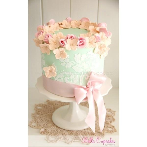 mint wedding cake ❤ liked on Polyvore