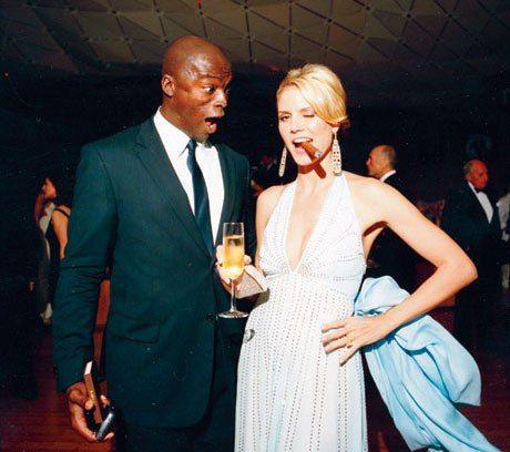 Photos: The 2006 V.F. Oscar Party seal and heidi klum