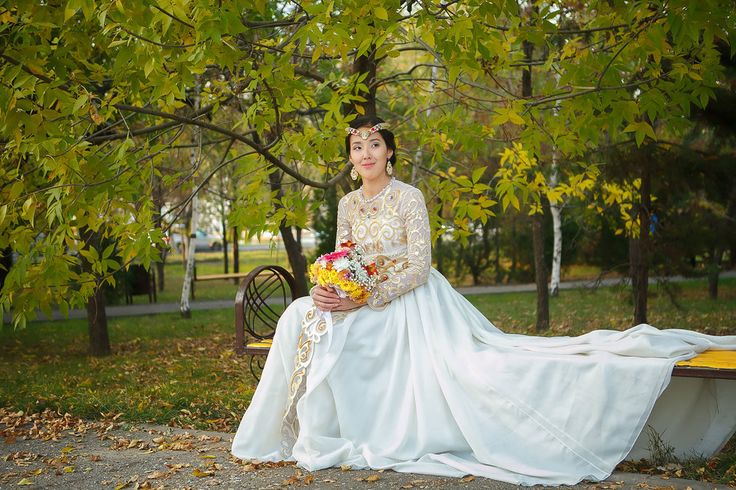 фотограф Алматы Акуленко, красивый портрет невесты в Алматы