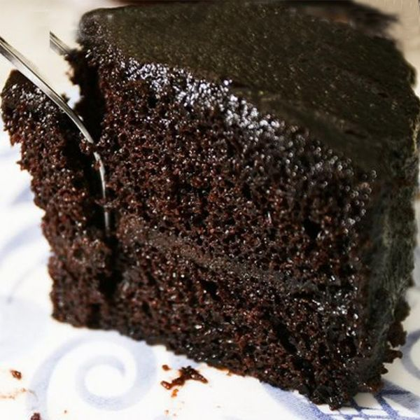 "Wicked Choc Cake mix: 1/2 c butter- soft 1 1/4 c sugar -- add: 3 eggs -- 3/4 cup milk 1 tsp. vanilla -- 1-2/3 cups flour 1 tsp. baking soda 1/4 tsp. salt --- add: 1 pkg. (4 oz.) BAKERS Unsweetened Chocolate, melted w  1/2 c sugar 1/2 cup water, hot -- bake 350  33 min. (2 9"" pan)"