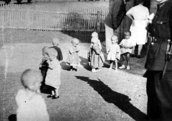 Sisak, 1942, Arrival of the first children's transport at the Sisak camp on August 3, JUSP Jasenovac