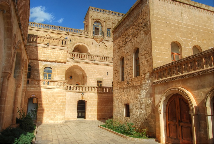 Midyat is in the Mardin province of the south east of Turkey. This is the culture house often used by film companies to film soap operas