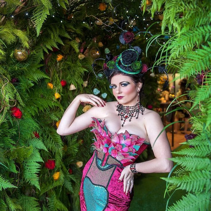 The one and only @lolathevamp totally rocking the #enchantedrose  Dress @rebeccacobbing wearable art @belle.folie.designs photography @millyjanephotography runway @momentsinvintage hair and makeup @velbella lighting  @kochandco greenery @premiumgreensaustralia by northsideflowermarket