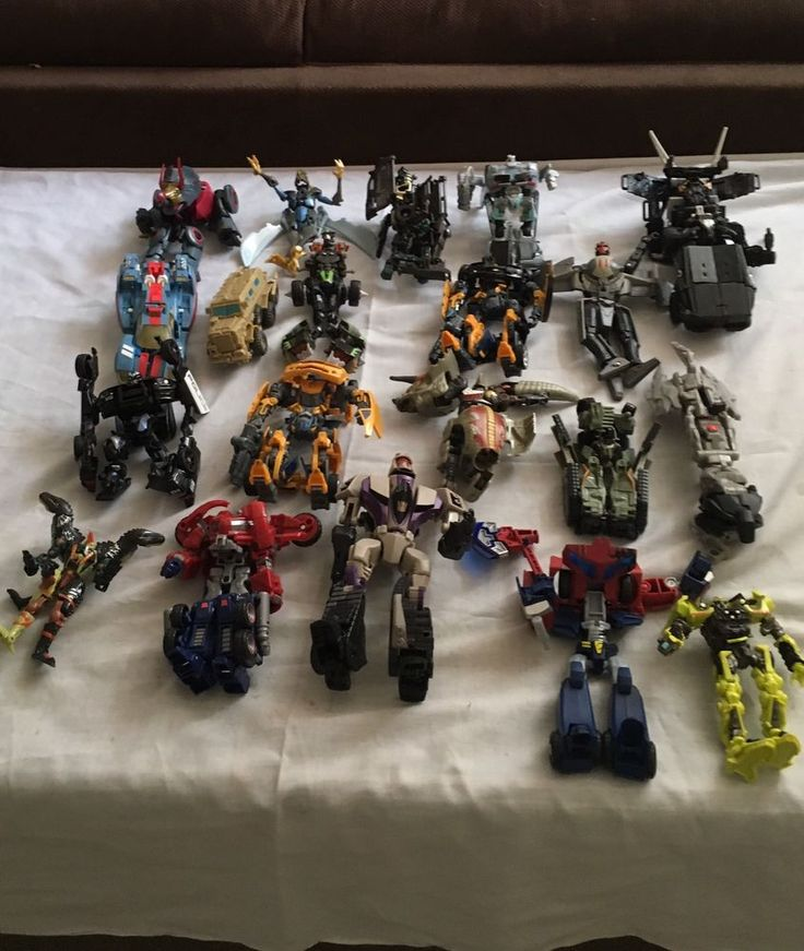 Lot Of 20 Mixed Transformers Action Figures Autobots & Decepticons Group B  | eBay