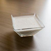 Kokospudding : Koolhydraatarm, supersimpel maar smaakte ietsje te bitter. Dus 1 el zoetstof erbij + bijna 1 volledig staaltje vanille-extract. Beter!