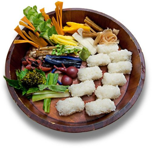 The main ingredients for your personal sushi bar are quality rice, a good imagination and a willingness to experiment with vegetables.