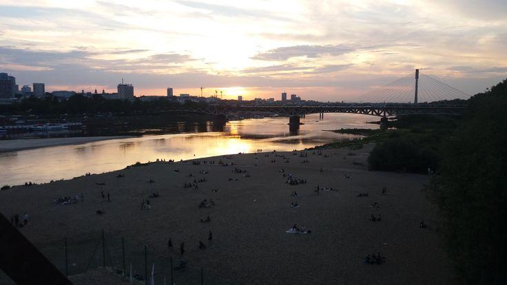 Zachód słońca na Plaży Poniatówce. fot. Aleksandra Mysiorska