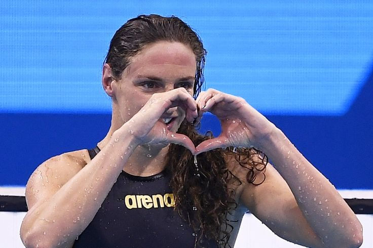 The moment of victory - Hungarian swimmer Katinka Hosszú after winning the 100 m backstroke - Olympic Games, Rio de Janeiro