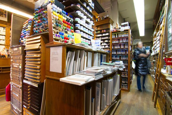 Sennelier art supply store