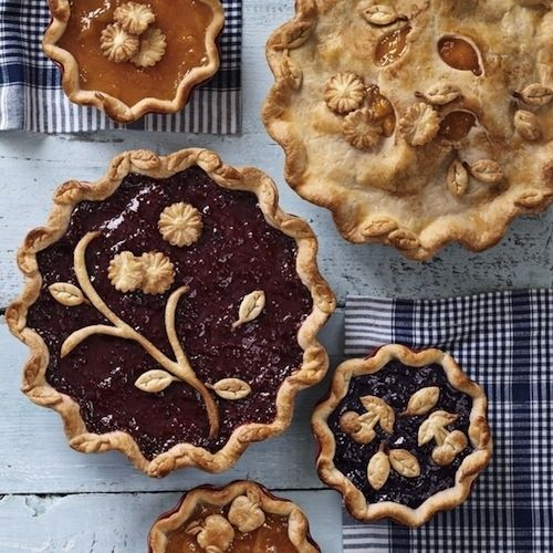 Awesome creative pie crust ideas!