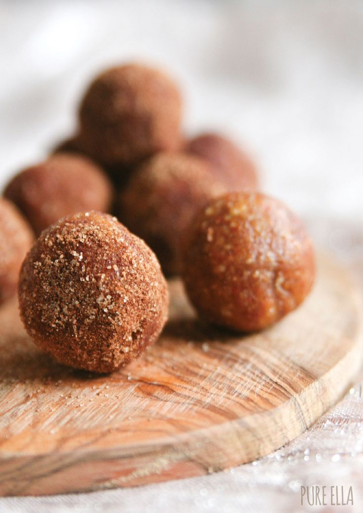 cinnamon & spice almond truffles (no bake/ refined sugar-free/gluten-free/vegan/paleo) Something to try