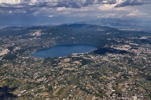 Risultato della ricerca immagini di Google per http://blog.edreams.it/wp-content/uploads/2011/04/Castelli-Romani.jpg