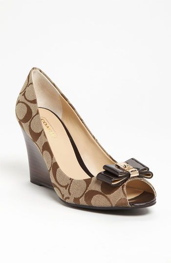COACH Bow Pumps. I'm in love! #fallmusthave
