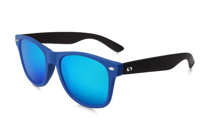 Occhiali da sole polarizzati:  SLANG / BLACK NIGHT  di Slash Sunglasses  http://www.slashsunglasses.com/shop/slang/slang-black-night.html