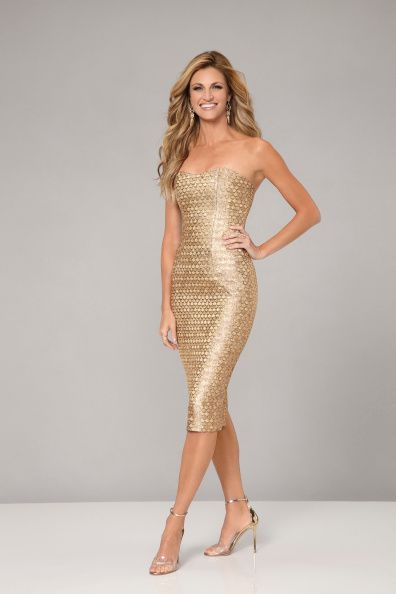 STARS Hosted by Erin Andrews Dancing with the Stars returns for its 19th season on MONDAY SEPTEMBER 15 on ABC