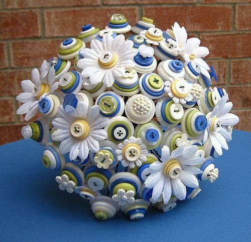 button bouquet-cute cake topper idea?