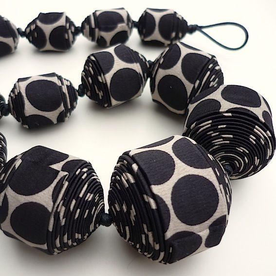 Стильные украшения из галстуков, шнурков и платков от Cecile Bertrand - Ярмарка Мастеров - ручная работа, handmade