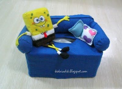 KEDAI ADIK: SPONGEBOB SQUAREPANTS TISSUE BOX COVER very cool idea! you could use any character you wanted. :D