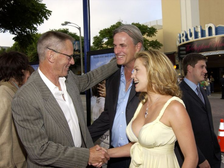 """Sam Shepard, director Nick Cassavetes and Heather Wahlquist from """"The Notebook"""" in 2004. Ray Mickshaw/WireImage for New Line Cinema"""
