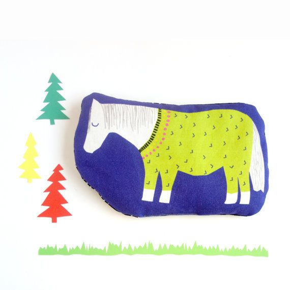 Heat pack with horse or shetland pony illustration an by showpony