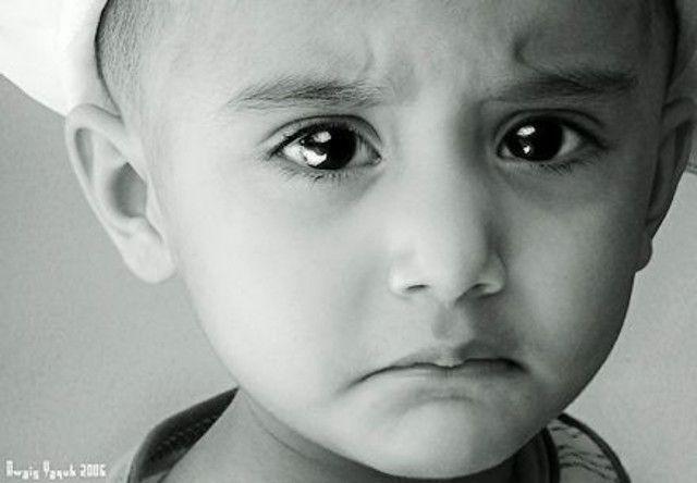 Ο γονέας οτιδήποτε και να πει στο παιδί του γνωρίζει ότι εκείνο θα το αποδεχτεί και θα το ακούσει. Αυτός και ακριβώς είναι ο λόγος που θα πρέπει να προσέχουν διπλά προτού χρησιμοποιήσουν λέξεις που αργότερα ίσως μετανιώσουν. Advertisement Ορισμένα λόγια μπορούν να πληγώσουν τα συναισθήματα του παιδιού και να επηρεάσουν τόσο τη διάθεση όσο …
