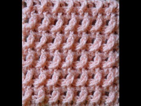 CROCHET SOÑADO, by Claudia Daneu   Crochet soñado: Claves de diseño y detalles exquisitos para tejedoras perfeccionistas.