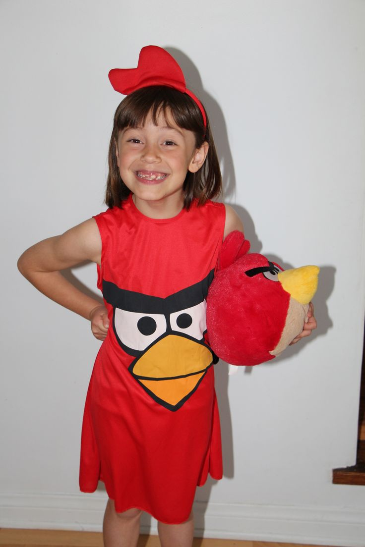 Photo from her angry birds invitation! and if you were Portos you wrote ANGREY BIRD BIRTHDAY .... we died laughing