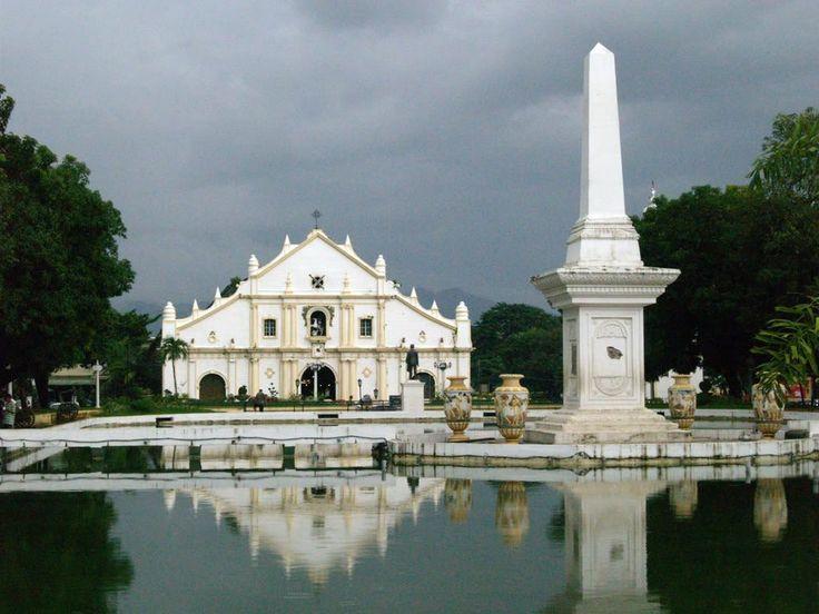 Batac Paoay Laoag City Tour
