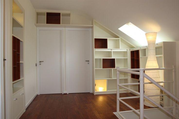6-3000-euros-bibliotheque-sous-pente-sur-mesure