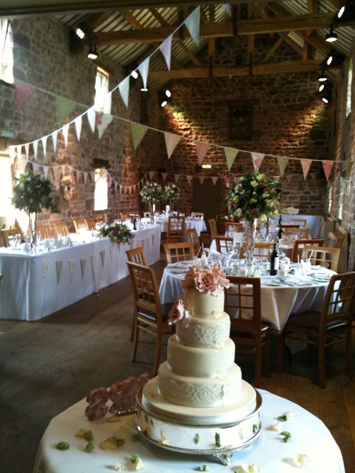 One of our hired designs 'Vintage Rose Garden' bunting looking gorgeous at The Ashes, Endon.  We adore the bunting added to the top table!! #bunting #wedding #bunting