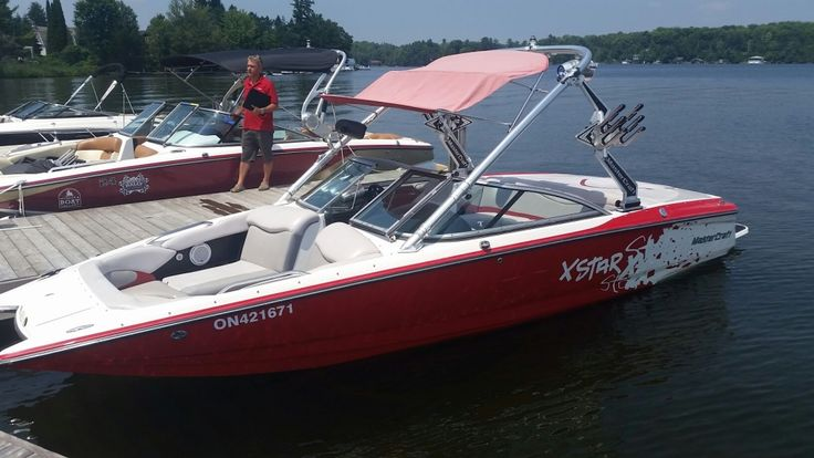 New to our used inventory this XSTAR is a great option for a family boat. Please contact us at our toll free number 1-844-855-6789 or go to our website www.muskokaboatgallery.com