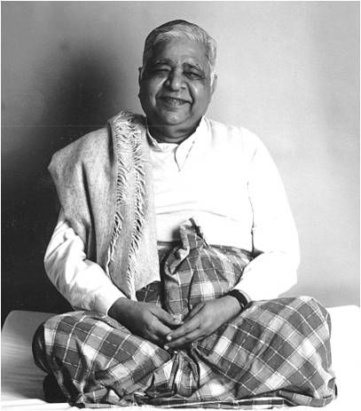 Goenkaji, Vipassana Meditation guru and teacher of compassion for all, including animals. May All Beings Be Happy.HONEY IF I HAD A GURU THIS WOULD BE THE GUY