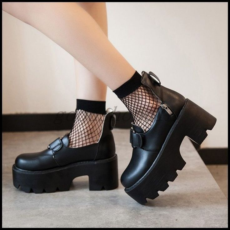 Women Round Toe Ankle Strap Buckle Creepers Chunky Heels Gothic Punk Shoe