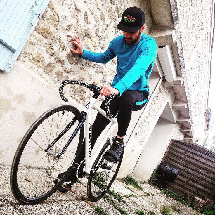 f20dc3dd099f nike cycling