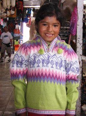 Grüner #Kinder #Pullover mit Alpakas aus #Peru, #Alpakawolle