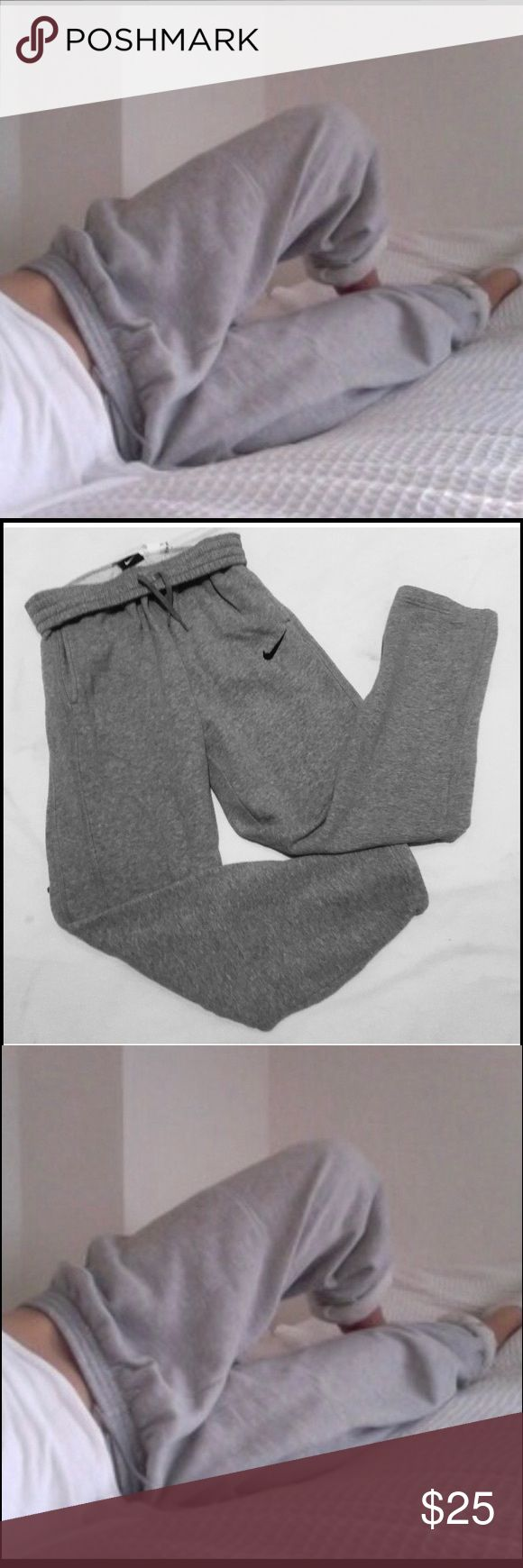 ✔️ Nike Gray Athletic Sweatpants ✔️✔️₦łƙE GƦλ¥ λŦҤŁEŦł₡ $₩EλŦ Pλ₦Ŧ$  • Nike • Gray athletic or lounge sweat pants  • Full length, loose fit, strait legs  • Nike logo, black swoosh  • size small  • Cotton blend Material  • Excellent condition. NWOT. Never worn.   Ⓑ Ⓤ Ⓝ Ⓓ Ⓛ Ⓔ    Ⓓ Ⓘ Ⓢ Ⓒ Ⓞ Ⓤ Ⓝ Ⓣ Ⓢ   - - { { { {available upon your request } } } } - - Nike Pants Track Pants & Joggers