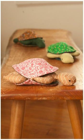 Peekaboo Plush Turtle | AllFreeSewing.com