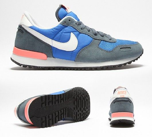 NIKE Womens Air Vortex Retro Trainer