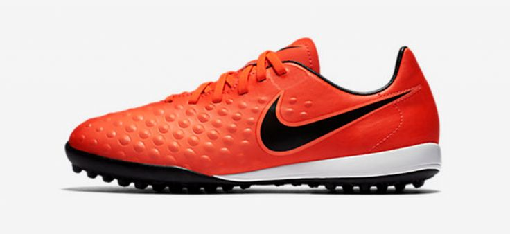 Nike JR Magista Opus II TF. A new astroturf football boot for budding young boy football players.
