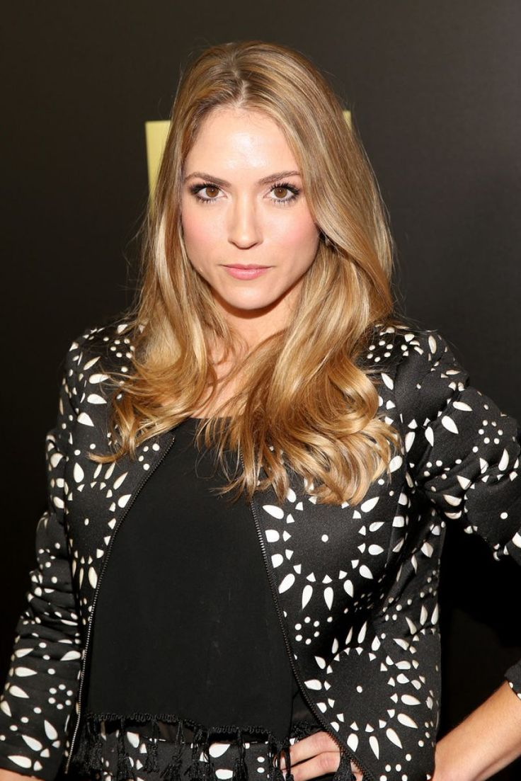 "Brooke Nevin attends the Season 2 premiere of ""Fear the Walking Dead"" http://celebs-life.com/?p=135125  #brookenevin"