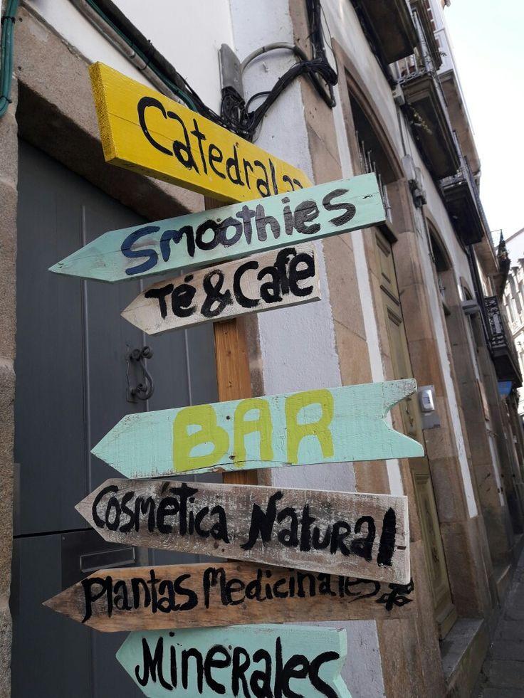 señales direccionales   #SantiagoDeCompostela