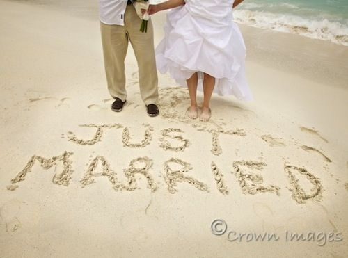 Must Have Beach Wedding Photos - Wedding Ideas, Wedding Trends, and Wedding Galleries