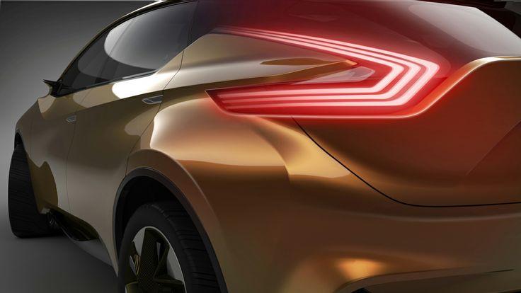 Nissan Resonance Tail light