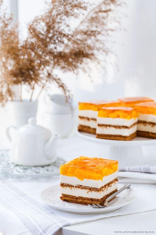 Ciasto bez pieczenia.  Karmelowo brzoskwiniowe.